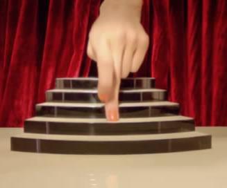 香奈儿:舞动的手指,绚丽的百老汇